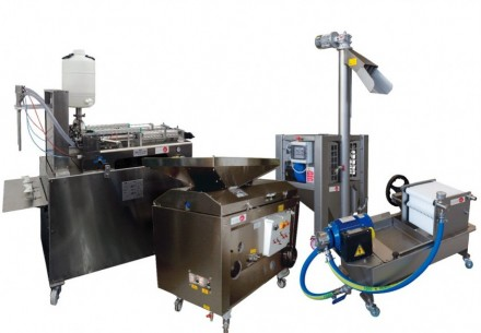 COMPUTER CONTROLLED AND TOUCH SCREEN PILOT PLANTS FOR THE PRODUCTION OF OIL - AC00