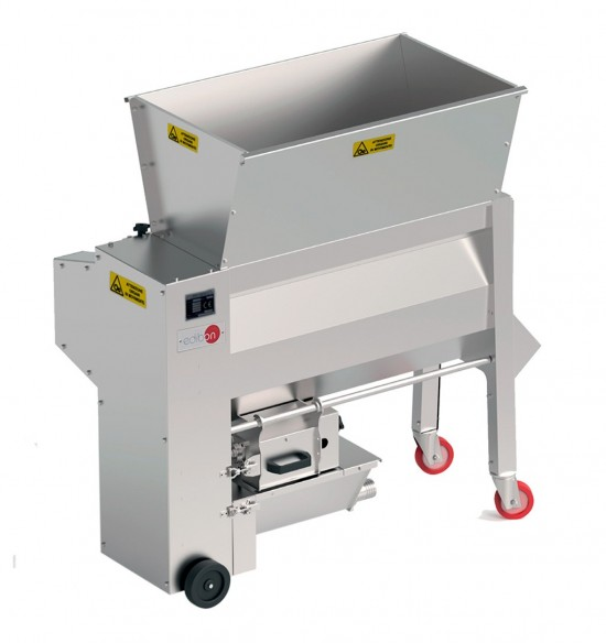 TWO TANKS FOR MACERATION, VATTING AND COMPUTER CONTROLLED AND TOUCH SCREEN GRAPE DESTEMMING UNIT - TMVF